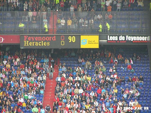 Feyenoord - Heracles 0-0 27-08-2006 (7).JPG