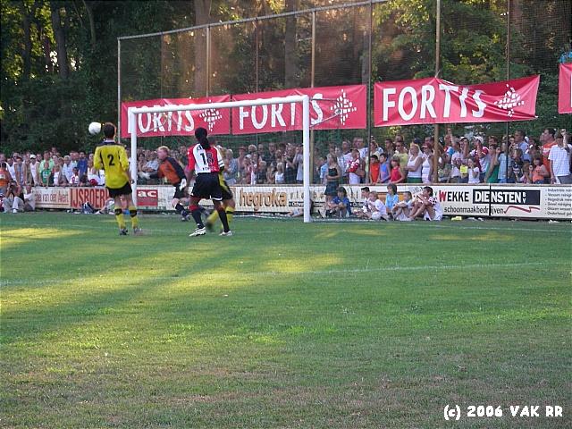 RKSV Schijndel - Feyenoord 0-6 22-07-2006(0).JPG