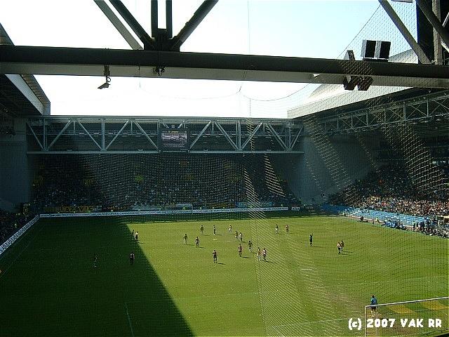 Vitesse - Feyenoord 0-1 01-04-2007 (4).JPG