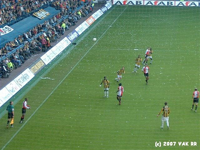 Vitesse - Feyenoord 0-1 01-04-2007 (5).JPG