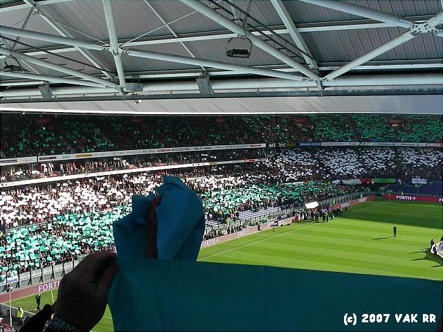 Feyenoord - 020 2-2 11-11-2007 (104).JPG