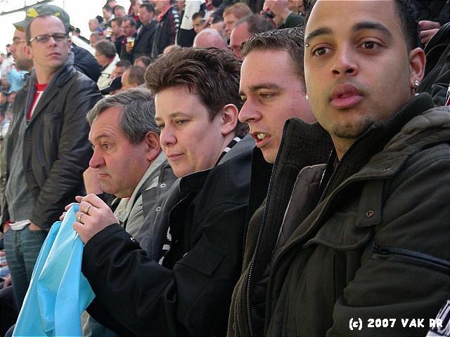 Feyenoord - 020 2-2 11-11-2007 (112).JPG