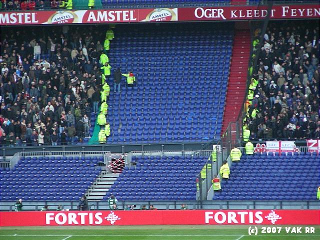 Feyenoord - 020 2-2 11-11-2007 (116).JPG