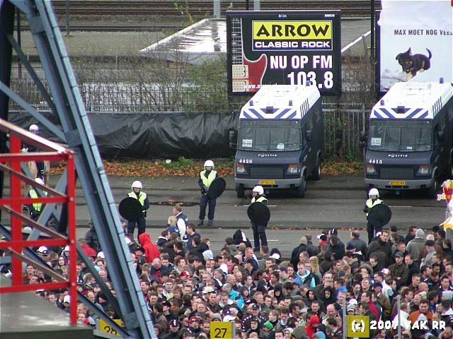 Feyenoord - 020 2-2 11-11-2007 (133).JPG