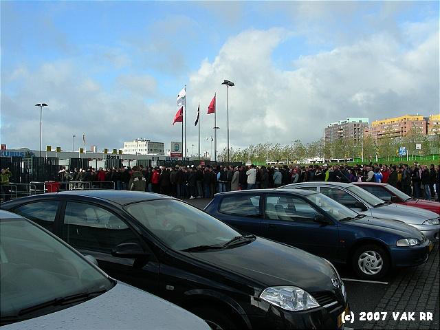 Feyenoord - 020 2-2 11-11-2007 (136).JPG