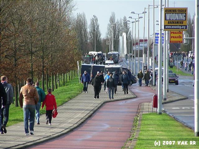 Feyenoord - 020 2-2 11-11-2007 (137).JPG