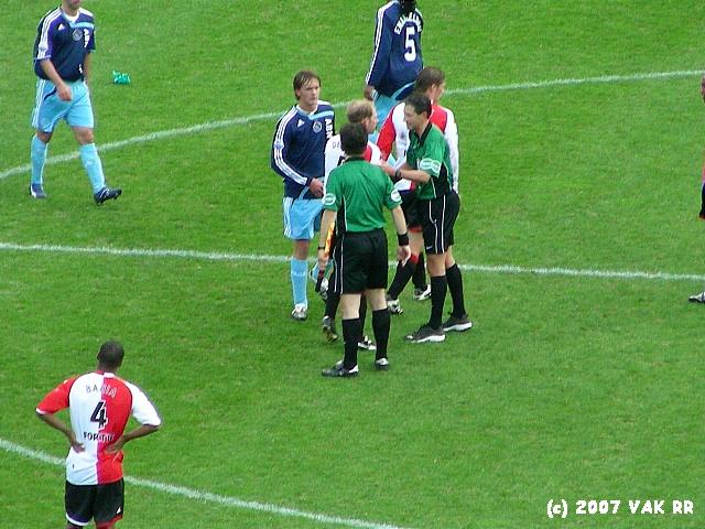 Feyenoord - 020 2-2 11-11-2007 (14).JPG