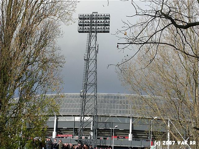 Feyenoord - 020 2-2 11-11-2007 (2).JPG