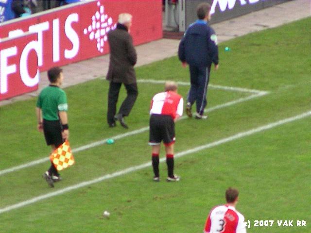 Feyenoord - 020 2-2 11-11-2007 (21).JPG
