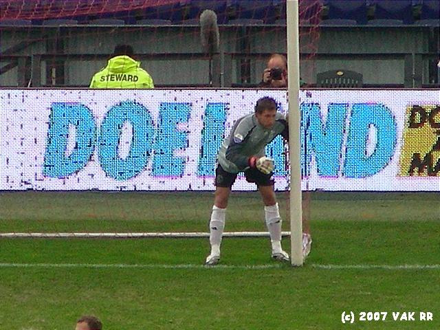 Feyenoord - 020 2-2 11-11-2007 (23).JPG
