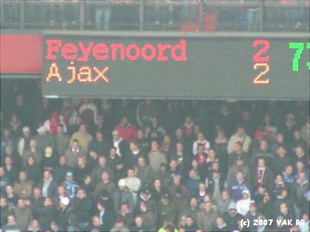 Feyenoord - 020 2-2 11-11-2007 (34).JPG