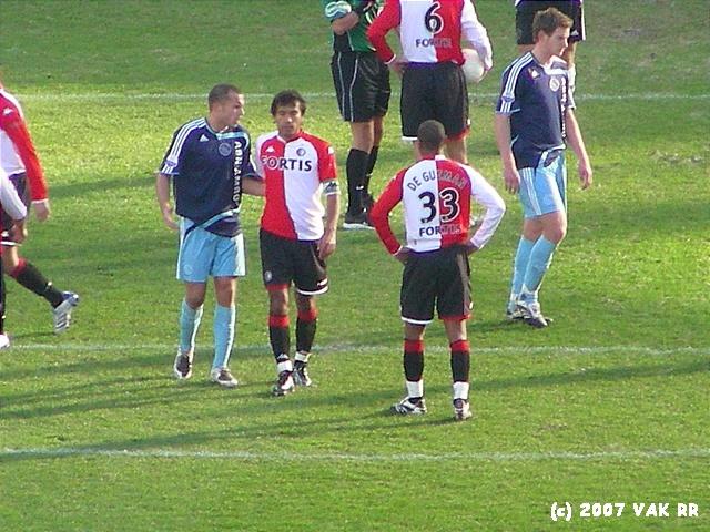 Feyenoord - 020 2-2 11-11-2007 (39).JPG