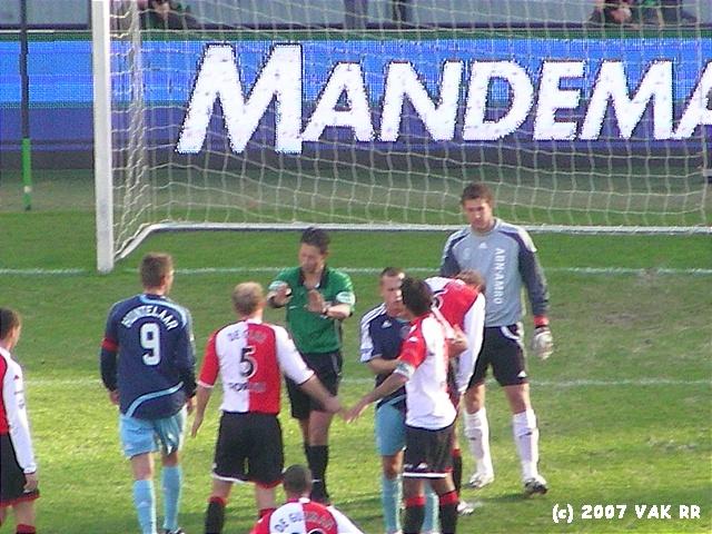 Feyenoord - 020 2-2 11-11-2007 (40).JPG