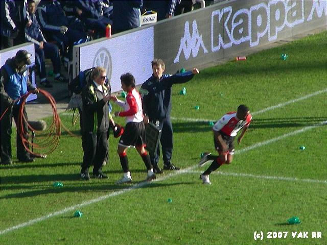 Feyenoord - 020 2-2 11-11-2007 (47).JPG