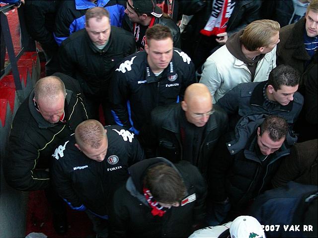 Feyenoord - 020 2-2 11-11-2007 (5).JPG