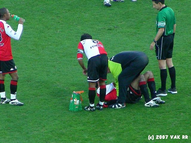 Feyenoord - 020 2-2 11-11-2007 (66).JPG
