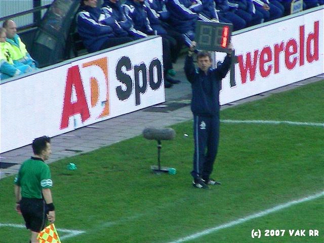 Feyenoord - 020 2-2 11-11-2007 (67).JPG