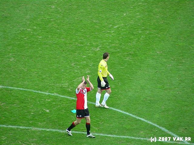 Feyenoord - 020 2-2 11-11-2007 (8).JPG