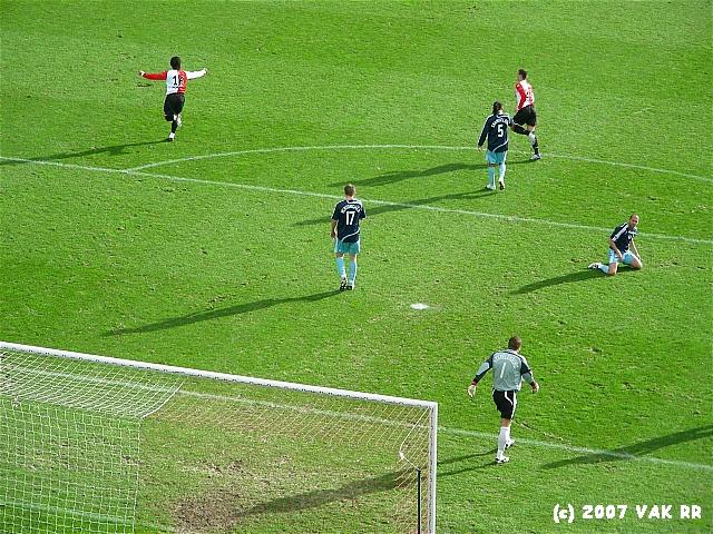 Feyenoord - 020 2-2 11-11-2007 (80).JPG