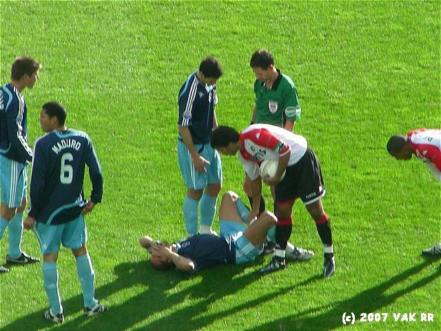 Feyenoord - 020 2-2 11-11-2007 (84).JPG