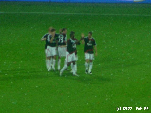 Feyenoord - Liverpool 1-1 05-08-2007 (13).JPG