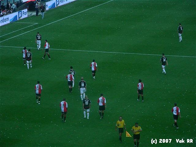 Feyenoord - Liverpool 1-1 05-08-2007 (22).JPG