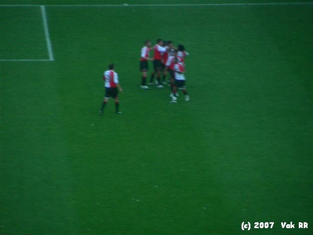 Feyenoord - Liverpool 1-1 05-08-2007 (24).JPG