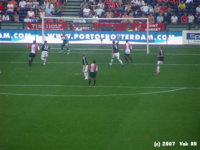 Feyenoord - Liverpool 1-1 05-08-2007 (27).JPG