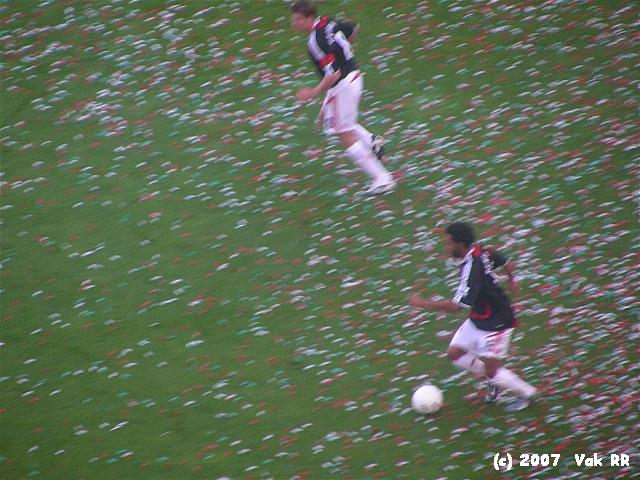 Feyenoord - Liverpool 1-1 05-08-2007 (33).JPG