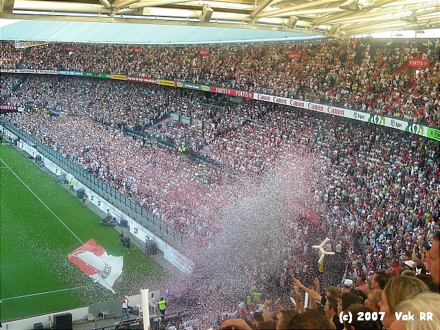Feyenoord - Liverpool 1-1 05-08-2007 (42).JPG