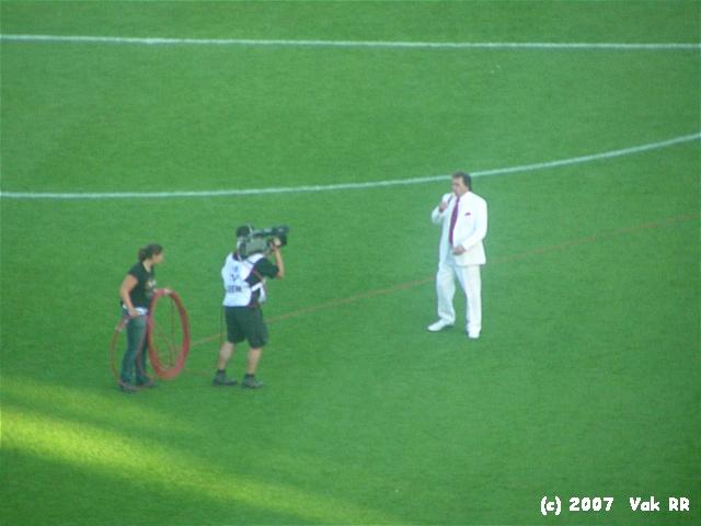Feyenoord - Liverpool 1-1 05-08-2007 (43).JPG