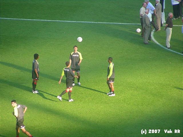 Feyenoord - Liverpool 1-1 05-08-2007 (48).JPG