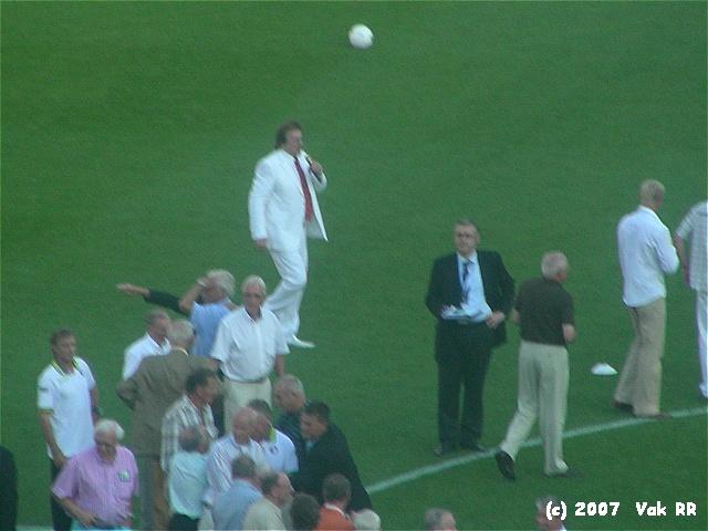 Feyenoord - Liverpool 1-1 05-08-2007 (54).JPG