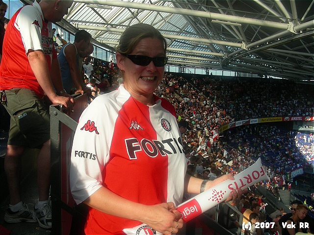 Feyenoord - Liverpool 1-1 05-08-2007 (59).JPG