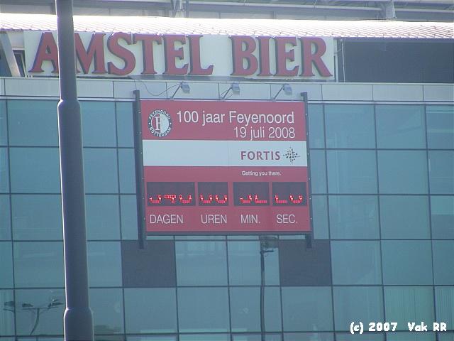 Feyenoord - Liverpool 1-1 05-08-2007 (63).JPG